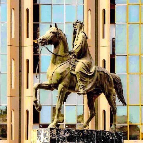 تمثال الملك فيصل الاول