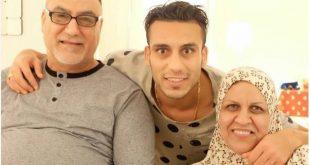 بالصور شاهد والدة و والد اللاعب العراقي علي عدنان 2017