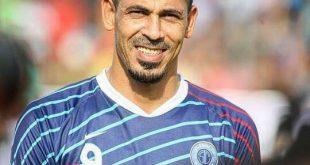 رسميا يونس محمود يجدد عقده مع نادي الطلبة