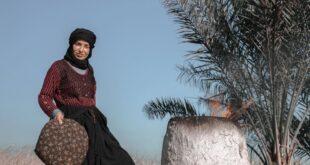 سمر شاكر بجلسة تصوير في اهوار الجبايش