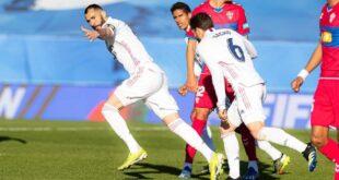ريال مدريد يحقق الفوز في الليغا بثنائية بنزيما في شباك التشي